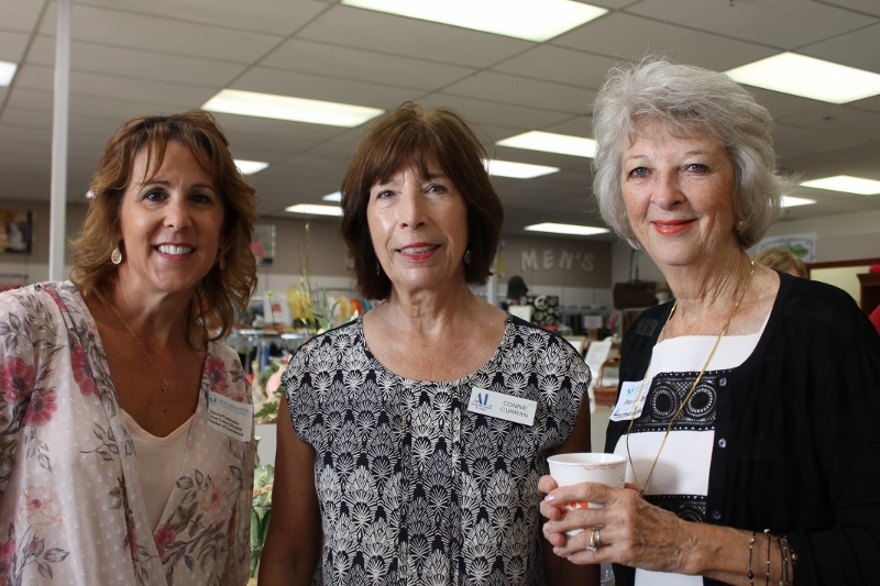 Donna Pundmann of Creve Coeur Chamber of Commerce Members Connie Curran Chesterfield Marilyn Panter Ballwin Instagram JPG 800x533